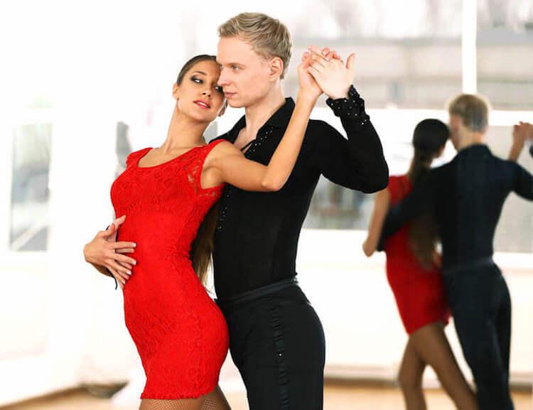 pasos-empezar-baile-salsa-inicio